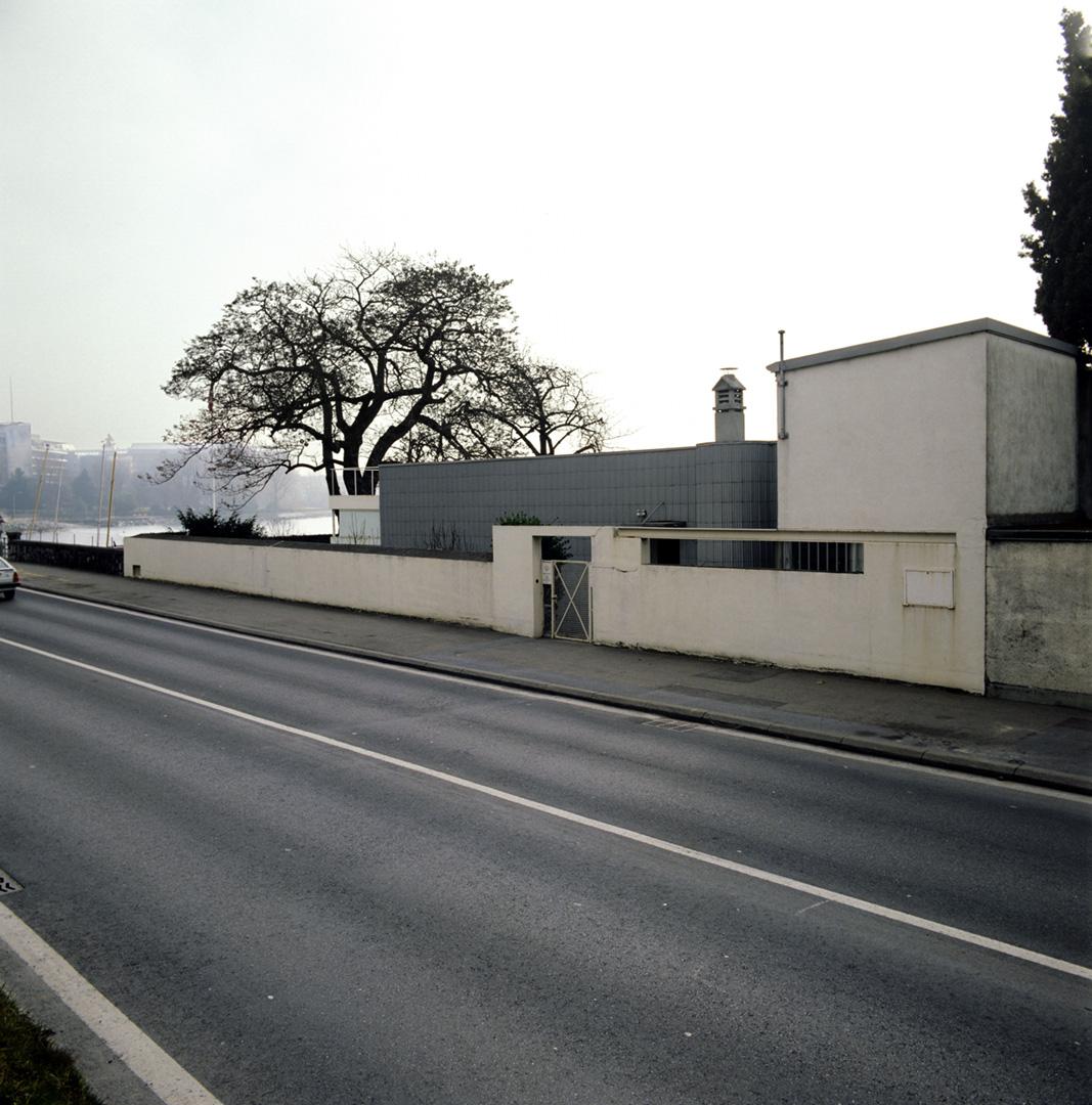 le-corbusier_25_Le_Corbusier_Petite_Maison_LC2_11