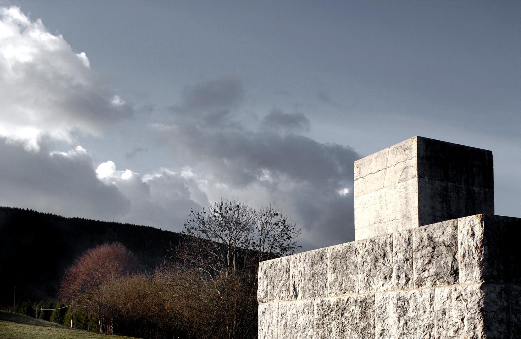 monumento-a-sarfatti_03_DSC_7140